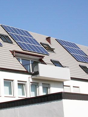 Haus versorgt mit Solar-Strom
